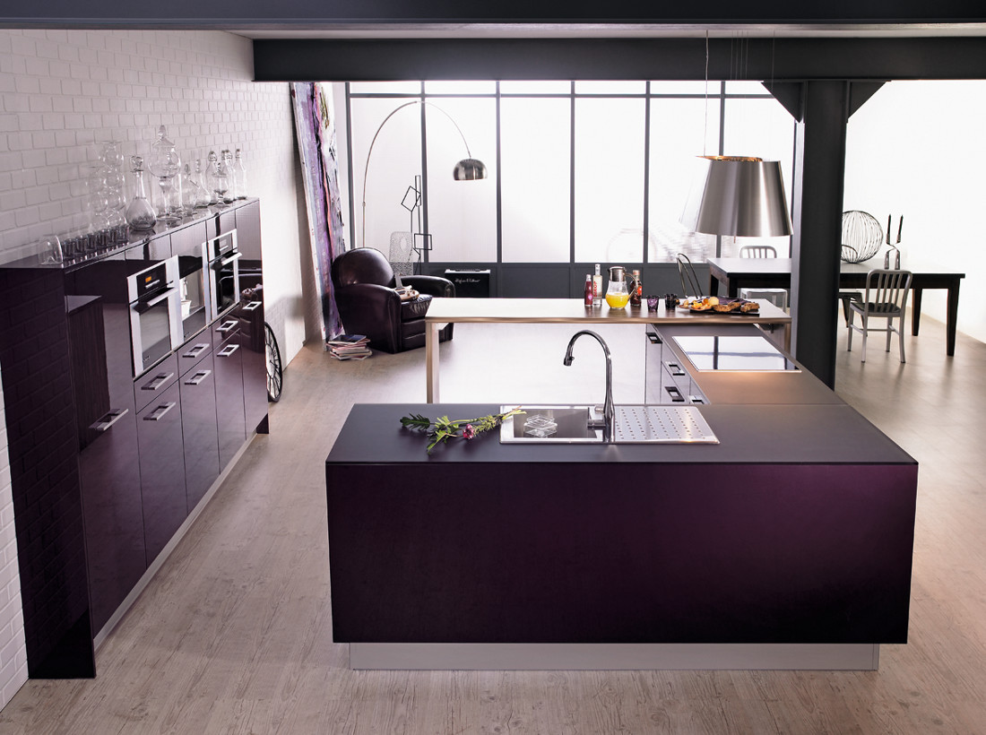 meuble cuisine aubergine. Black Bedroom Furniture Sets. Home Design Ideas