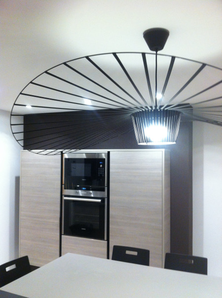 beautiful cool cuisine luminaire design vertigo with lampe cuisine design with lampe cuisine design. Black Bedroom Furniture Sets. Home Design Ideas