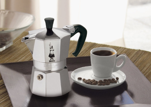 cafetiere-tasse-cafe-bialetti